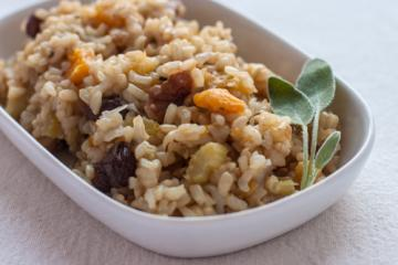 brown rice pilaf with dried fruit