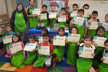 kids with nutrition education certificates